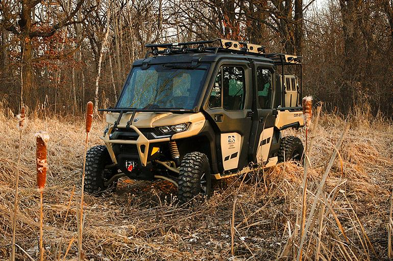 Can-Am Defender Max (Photo 3)