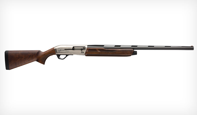 The Winchester Super X4 Upland Field is designed to pair the performance advantages of a modern-day autoloader with the style and handling of the shotguns of legend.