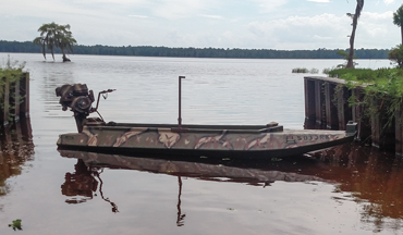 A Florida hunter's water-level stealth machine is surprisingly stable.