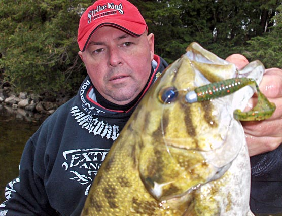Fall Brawling Smallmouth