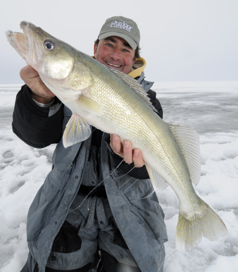 ICE FISHING MAGIC IN NORTHWESTERN ONTARIO