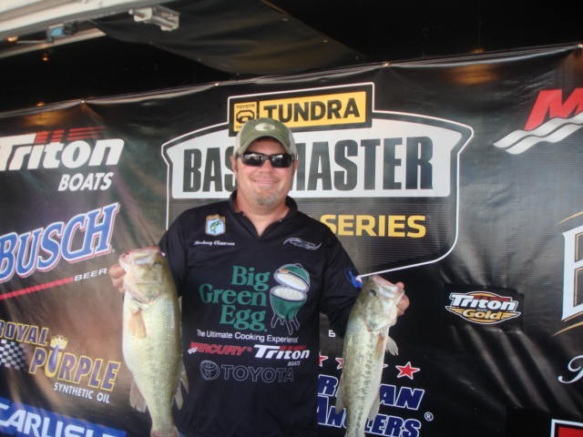 Rodney Clawson takes title on Old Hickory
