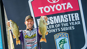 Aaron Martens slept through his alarm clock Sunday morning, got on the water 30 minutes late and still clinched the 2015 Toyota Bassmaster Angler of the Year title three weeks early.