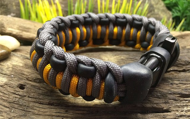Mountaineer Survival Kit Bracelet