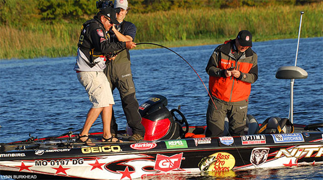 MLF Anglers Tackle Lake Istokpoga and a Gator at Challenge Cup Day One
