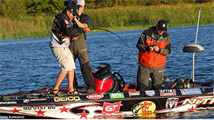 Jack Link's Major League Fishing anglers head to a South Florida sanctuary known as Lake Istokpoga for the 2013 GEICO Challenge Cup.