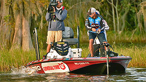 Before the 2016 Challenge Cup began, Jeff Kriet sat in a tenuous spot. He was near the bottom in angler rank and in jeopardy of being cut from Cup events. He was able to overcome the threat but is now faced with a new hill to climb: catch 18 pounds to avoid Sudden Death.