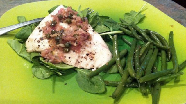 Mahi Mahi with Lemon, Wine and Caper Sauce