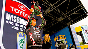 Gerald Swindle will take home $100,000 and the title of Angler of the Year after his win at the Bassmaster Angler of the Year Championship at Mille Lacs Lake in Minnesota.