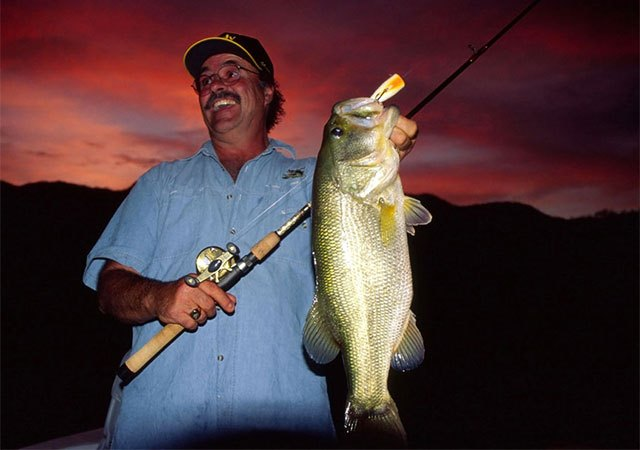 When Skies Are Colored, Bucketmouth Bass Are Easier to Catch