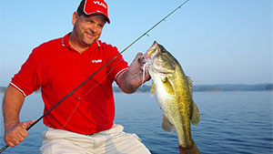 Today's outdoor periodicals and websites are full of articles expounding the virtues of new and advanced bass-fishing tips and tactics; yet few stories are printed for anglers who just want to learn the basics.