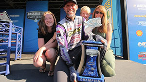 In a serious comeback, Aaron Martens takes first place at the Bassmaster Elite at Lake Champlain.