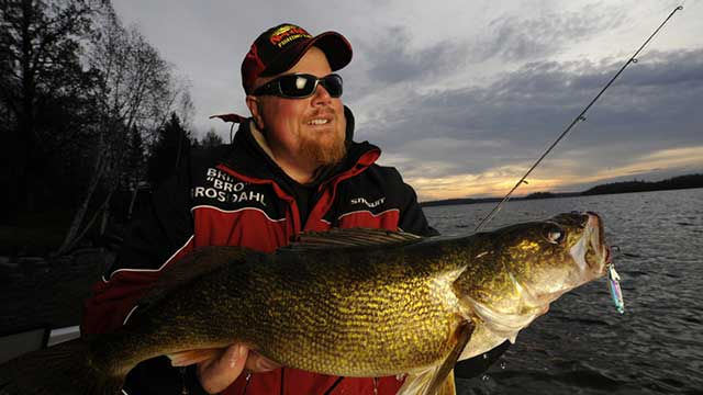 5 Best Tips for Catching Walleye in Summer