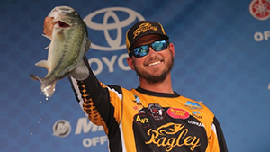 Professional angler, Drew Benton used two different fishing patterns in the 2018 Toyota Bassmaster Texas Fest, leading him to take home first place and a $100,000 prize.