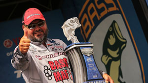 Angler Greg Hackney dominates in 2018 Bassmaster Elite Series.