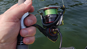 This lightweight rod and reel combo allows anglers to make long and accurate casts.