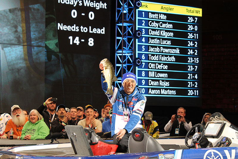 Takahiro Omori Rises to the Lead at The Bassmaster Classic