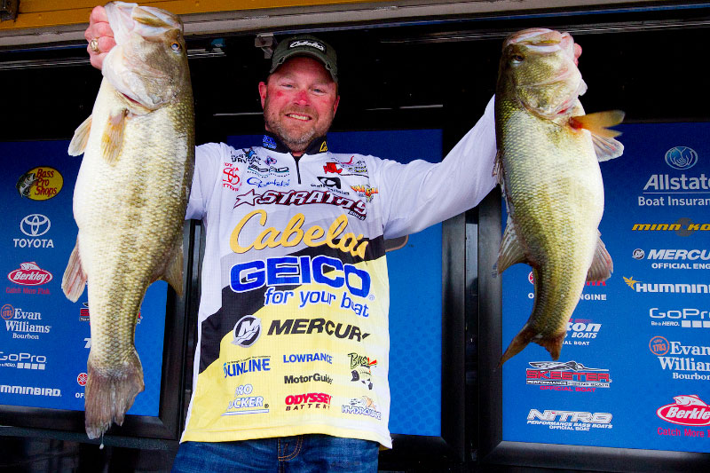 McClelland Leads Day 1 at Bassmaster Central Open on Ross Barnett (Part 1)